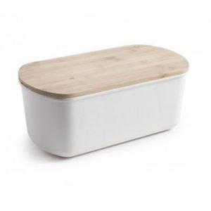 Panera con tabla de corte de cocina